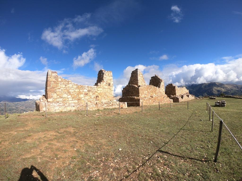 Torres Funerarias - Marcahuamachuco